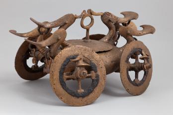 carul votiv miniatural de la Bujoru (jud Teleorman) c MNIR, autor Marius Amarie