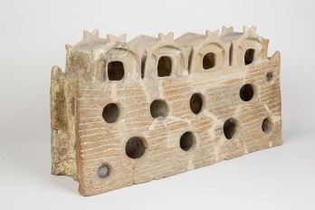 sanctuarul de la Cascioarele (cultura Gumelnita), jud Calarasi c MNIR, autor Marius Amarie